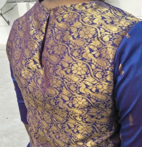 lehenga choli design - back hook