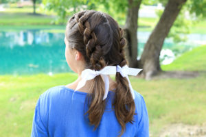 Knotted Braids